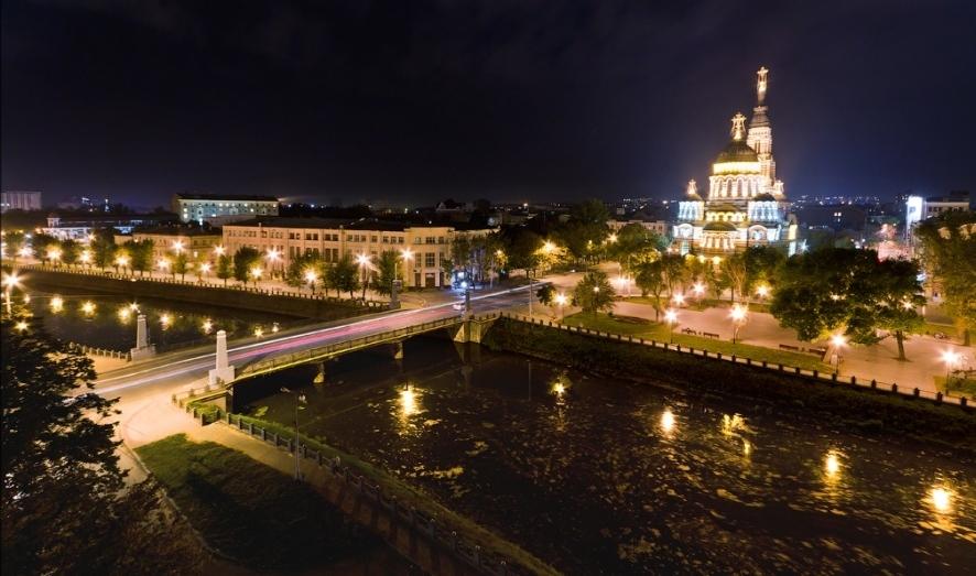 Lopanskaya Embankment