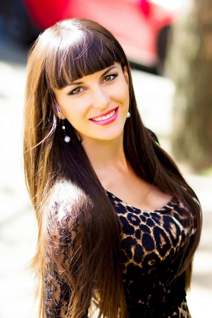 Alena 25 years old Ukraine Nikolaev