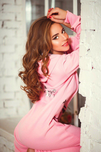 Adorable Gymnast Kristina is Looking for her Love!