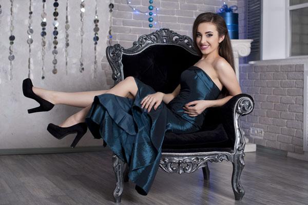 Albina 26 years old Ukraine Kherson (id: 238686)