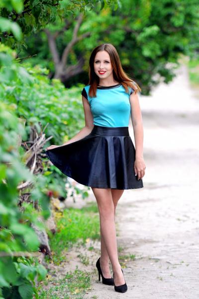 Irina 25 years old Ukraine Kharkov (id: 280548)