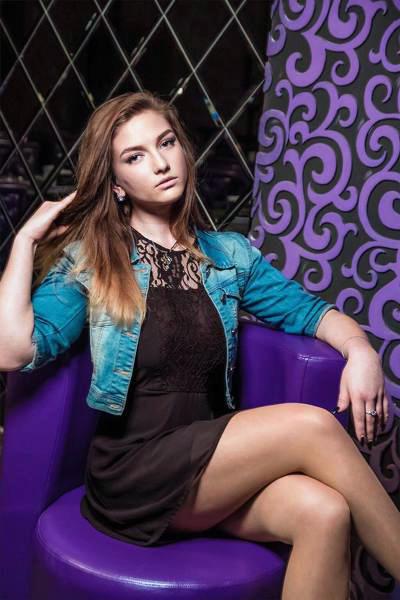 Aleksandra 20 years old Ukraine Kherson (id: 284246)