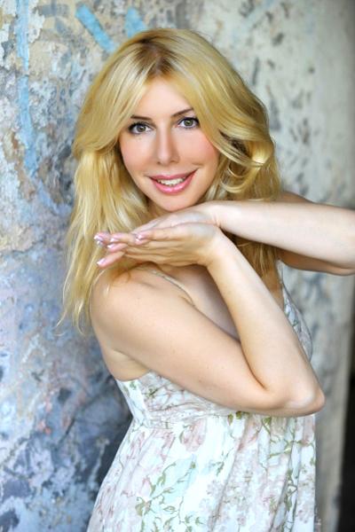 Olga 46 years old Russia Saint-Petersburg (ID: 296174)