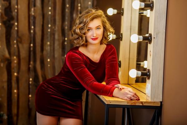 Aleksandra 23 years old Ukraine Zaporozhye (ID: 305344)