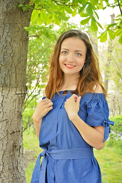 Yuliya 27 years old Ukraine Nikopol (ID: 306904)