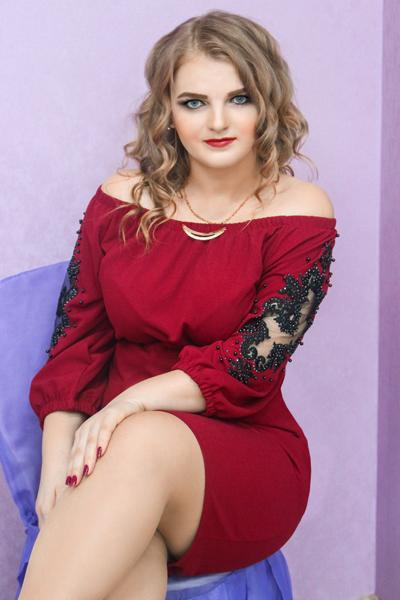 Alena 24 years old Ukraine Nikolaev (ID: 309856)
