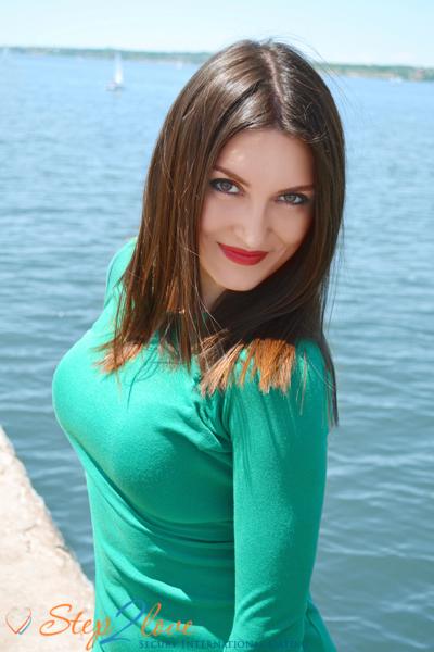 Ekaterina 35 years old Ukraine Kherson