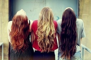 How to Choose the Woman According to Her Hair Color